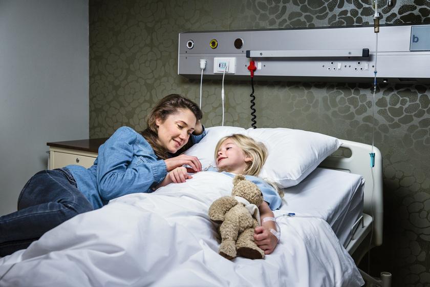 Egészséges gyermek volt, most lélegeztetőgépre szorul: az édesanya tehet róla