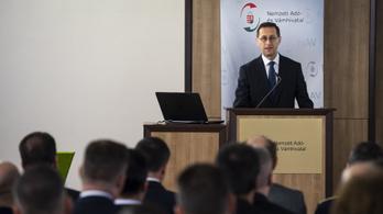 Varga Mihály félti Magyarország vétójogát EU-s adóügyekben