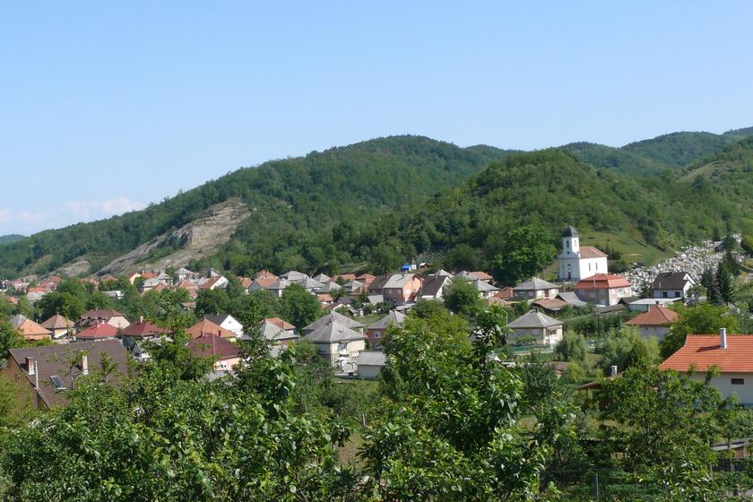 Különös Jézus-legenda szól a magyar hegyről: Istenmezeje irigy asszonyairól lett híres az országban