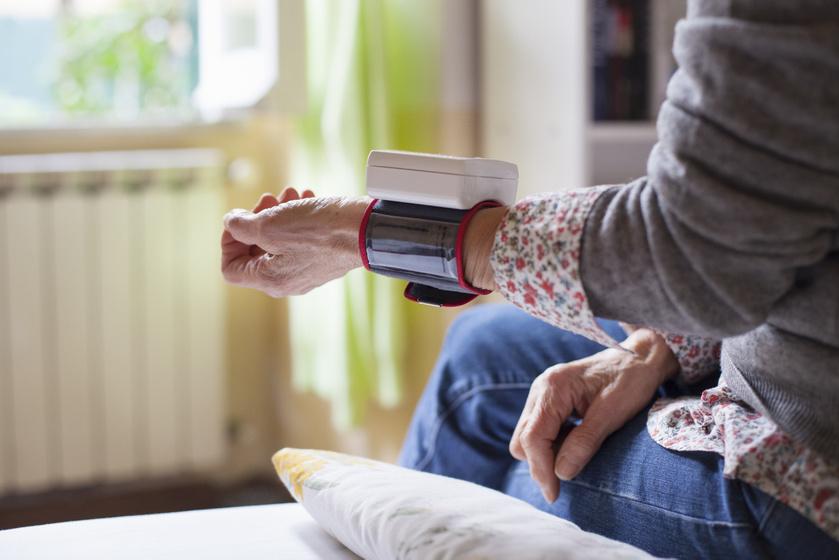 Vérnyomásmérőt vennél? 4 tanács a választáshoz a szakorvostól