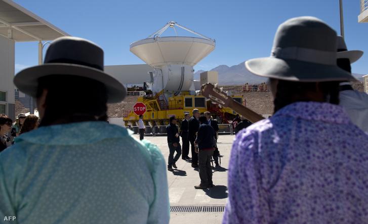 A Large Millimeter teleszkóp átadása 2013-ban