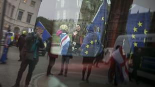 A magyarok maradhatnak Nagy-Britanniában, ha van brexit deal, ha nincs