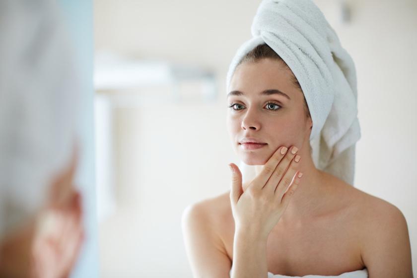 Késlelteti a bőröregedést, halványítja a hegeket, és regenerálja az arcot - Kívülről és belülről is szépít az E-vitamin