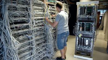 22 ezer informatikus hiányzik az országból