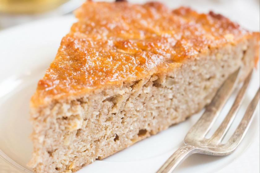 Puha, illatos almás süti: a klasszikus kevert tészta gluténmentesen