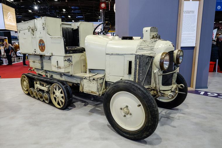 Citroen az Oroszországból visszatérő Adolphe Kégresse-t bízta meg egy féllánctalpas autó tervezésével