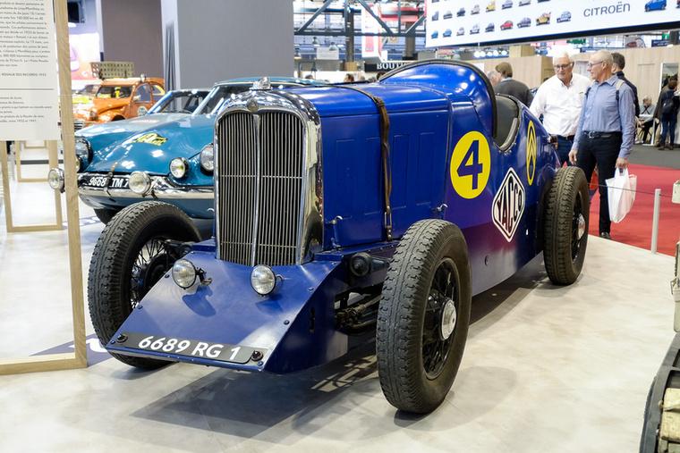 Termékeinek népszerűsítésére a Yacco olajcég 1931-ben beszerzett egy előszériás C6-ost és átépítette versenyautónak