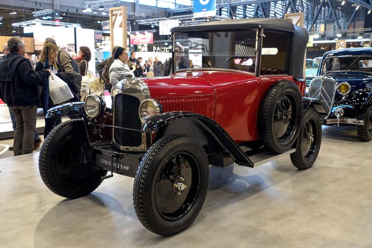 1922-es a cég egyszerű, de tönkretehetetlen kisautója, a C 5HP