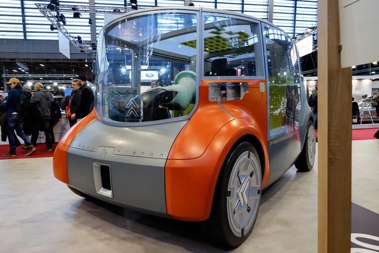Már az ezredfordulón járunk, ez az Osmose, a Citroen car-sharing autókoncepciója