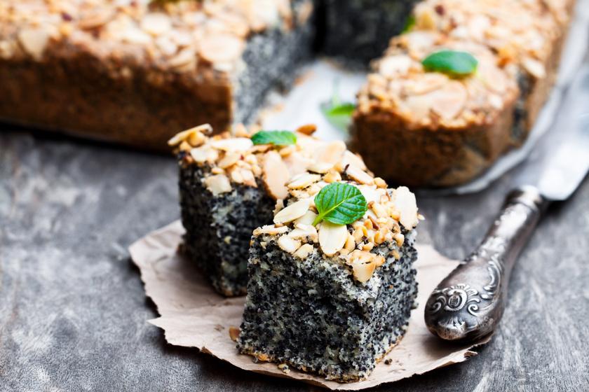 Mákos, mandulás süti: bögrével is kimérheted a hozzávalókat