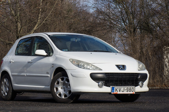 Mi marad egy Peugeot-ból 300 ezer kilométer után?