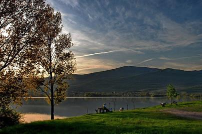 Markazi tó