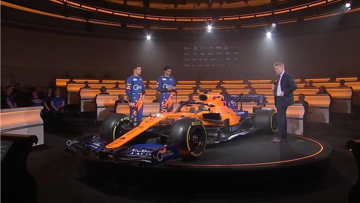 McLaren MCL34, Lando Norris, Carlos Sainz Jr.