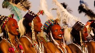 Indiánok, apácák, botoxos tevék: világ legbizarrabb szépségversenyei