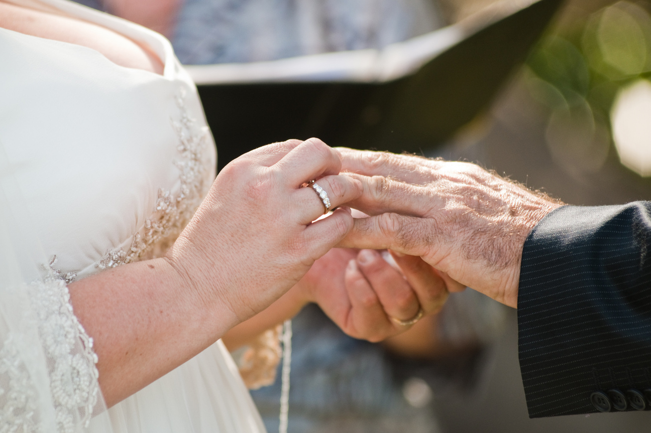 idős pár esküvő  (1)
