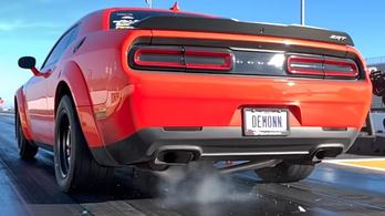 Így töri el saját magát a Dodge Challenger Demon