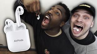 1.000.000 megtekintés fölött jár a videó, amiben két csávó egyben lenyel egy Apple Airpodot