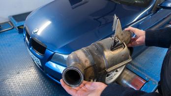 Totalcar Erőmérő: BMW 320d E91 (2007)