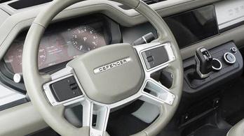 Jogi lépésekkel fenyegetőzött a Twitteren a Land Rover