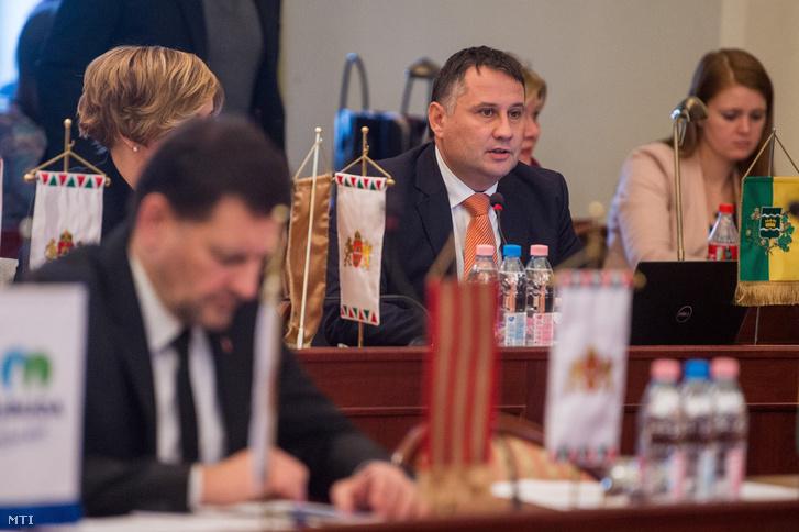 Kovács Péter a XVBI. kerület polgármestere a Fővárosi Közgyűlés ülésén 2018. december 12-én