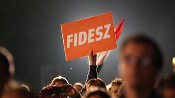 A Fidesz 4 százalékkal vezet az ellenzék előtt