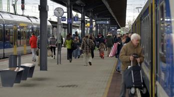 Késnek a vonatok a Budapest–Vácrátót–Vác vonalon