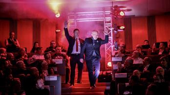 Orbánt senkiházinak tartják, aki posztfasiszta rendszert épít