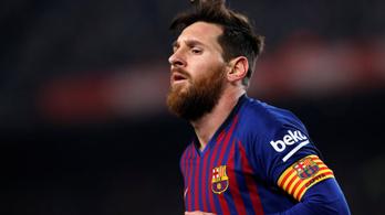 Egy tizenegyest belőtt Messi, egyet kihagyott