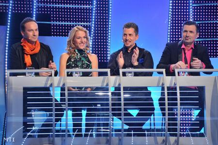 Rakonczai Viktor zeneszerző, Wolf Kati énekesnő, Rákay Philip az m1 és az m2 intendánsa valamint Csiszár Jenő rádiós és televíziós műsorvezető az 57. Eurovíziós Dalfesztivál hazai elődöntőjének négytagú szakmai zsűrije.