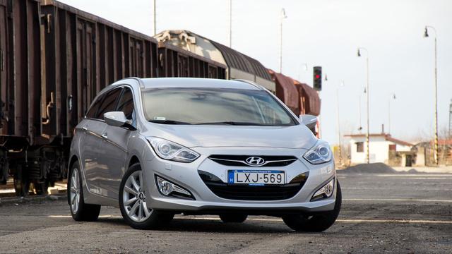Messze vannak már az olcsó és silány minőségű Hyundaiok. 2012-ben nem szabad félvállról venni a koreai gyártót