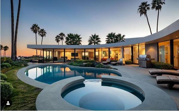 Musk volt háza a Los Angeles-i Brentwoodban