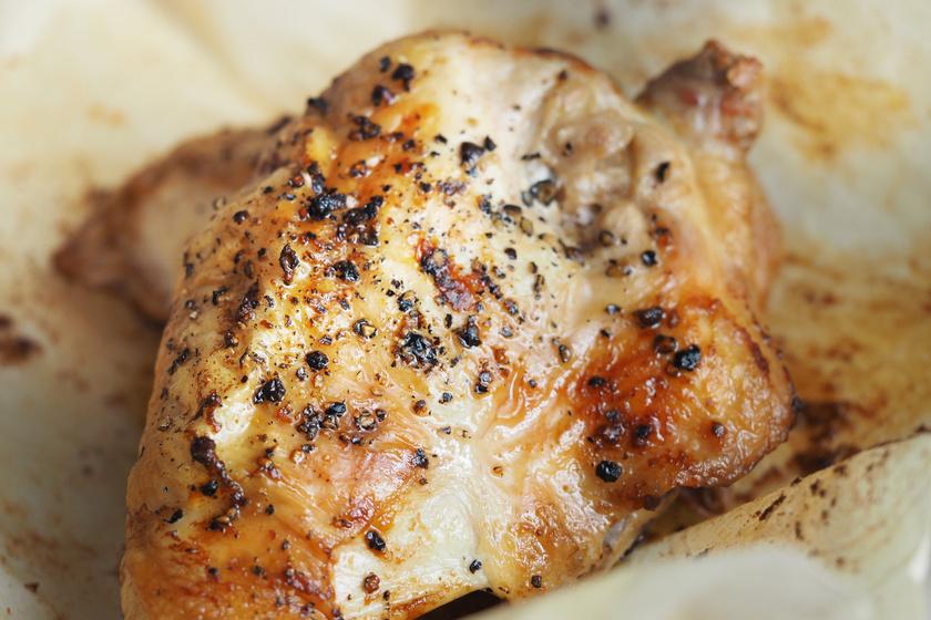Fehérjetartalma miatt a hús nem maradhat el a sportoló gyerek étrendjéből. Mivel a csirkemell bővelkedik benne, és a gyerekek is megeszik, kiváló választás lehet. 100 grammja 22,5 gramm fehérjét tartalmaz.
