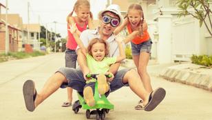 Miért boldogabb szülők az apák, mint az anyák?