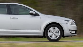 Dízel Octavia III vagy benzines Mazda 6?