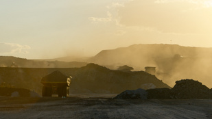 Bírói vétó a szénbányára: történelmi ítélet született Ausztráliában