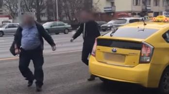 A BKV és a Főtaxi sofőrjét is gyanúsítottként hallgatta ki a rendőrség a pofozkodás miatt