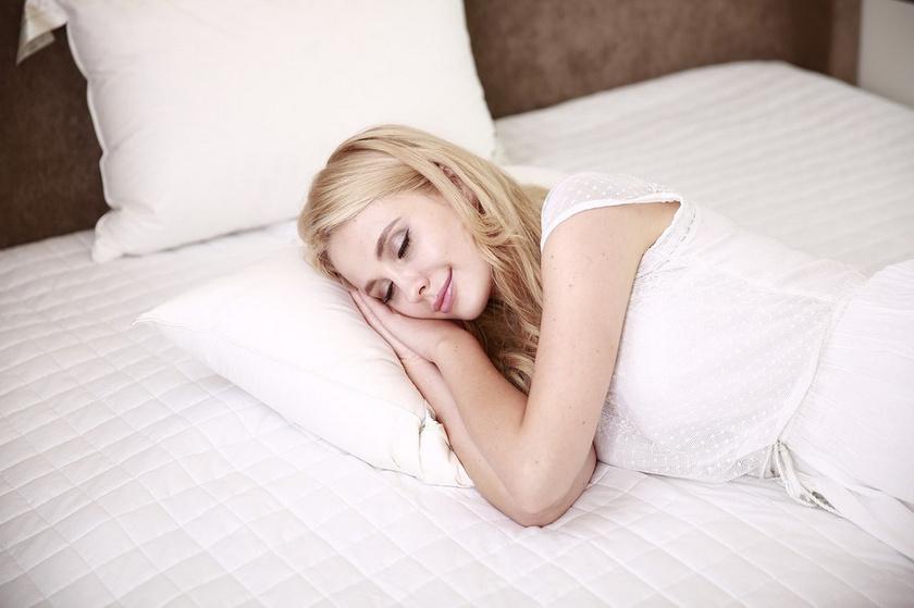 Honnan lehetne tudni, kényelmes-e egy ágy, ha előtte senki sem aludt rajta egy próbányit? Van, akit azért fizetnek, hogy egyes gyártók fekhelyeit tesztelje.