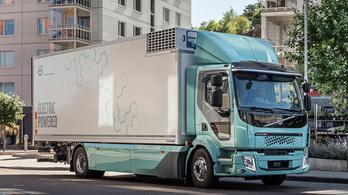 Átadták az első elektromos Volvo teherautókat