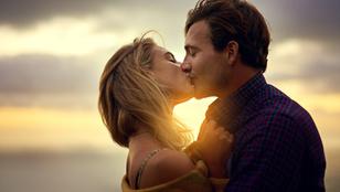 42-féle okból csókolózunk. Legalább!