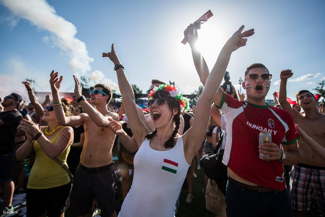 Szurkolók Budapesten a magyar-portugál előtt 2016. június 23-án