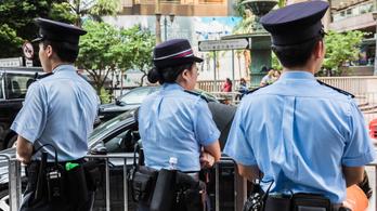 Tizenegy embert sebesített meg egy késes támadó Kínában