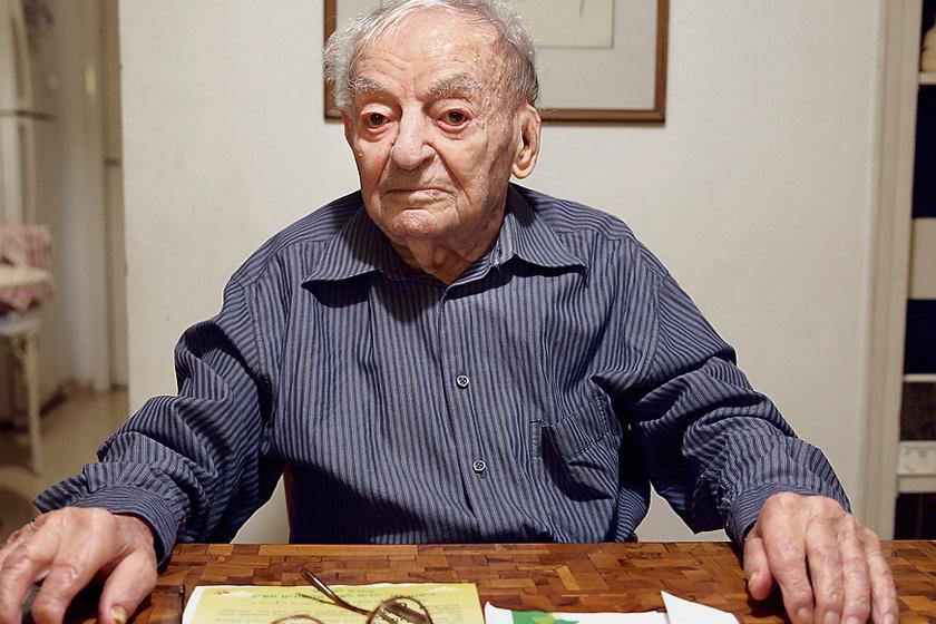 Yosef Eshed 102 évesen is kitűnő egészségnek örvend.