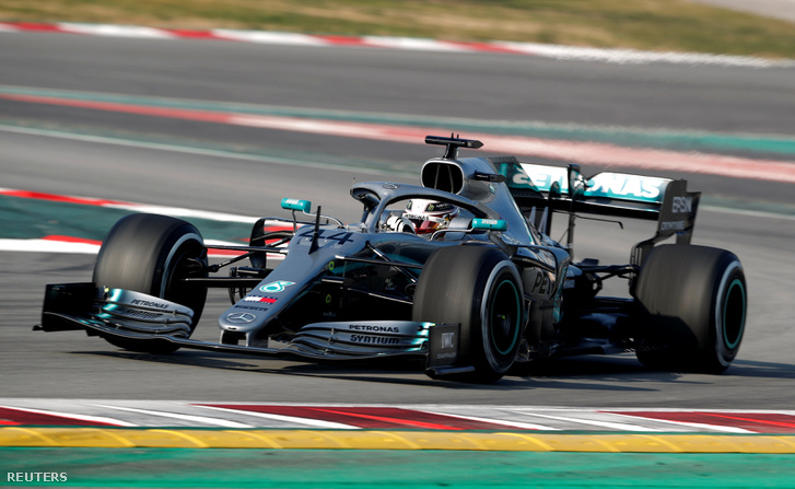 Lewis Hamilton a pályán