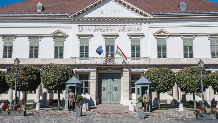 A Sándor-palotában aztán tuti nem lesz új székházbotrány!