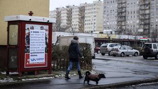 Kúria: Nem tilthatja be az önkormányzat a Soros-ellenes plakátokat