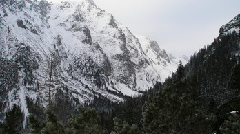 Meghalt egy magyar hegymászó, akit maga alá temetett a lavina a Magas Tátrában