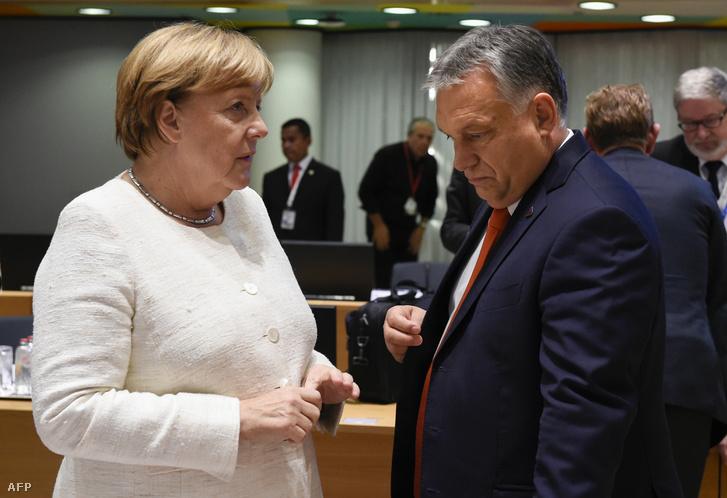 Angela Merkel és Orbán Viktor Brüsszelben 2018. október 18-án