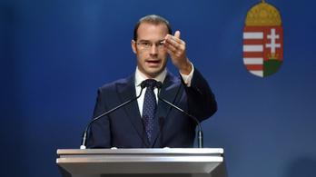 Hollik: Brüsszel a mai napig egyetlen fillért sem fizetett a határőrizetért