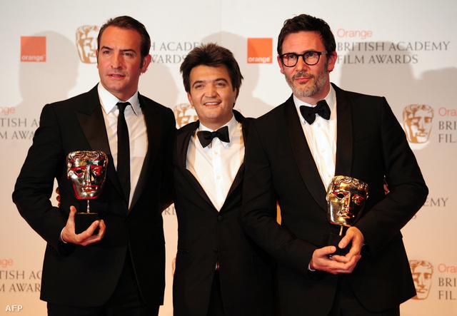 A némafilmes férfi főszereplője Jean Dujardin (baloldalt), a producer Thomas Langmann és a rendező Michel Hazanavicius.