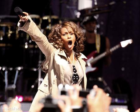 Whitney Houston a Beverly Hiltonban halt meg gyógyszer-túladagolás miatt
